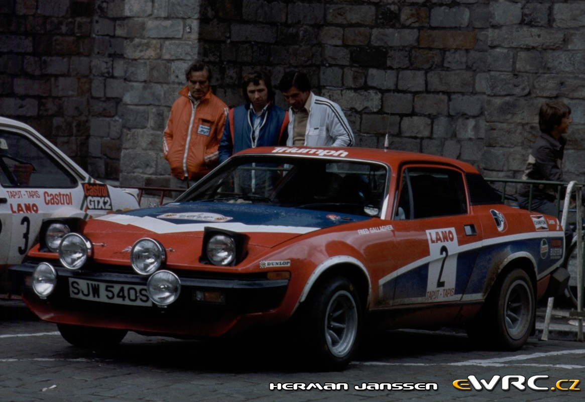 Tony Pond − Fred Gallagher − Triumph TR7 V8 − Ypres 24