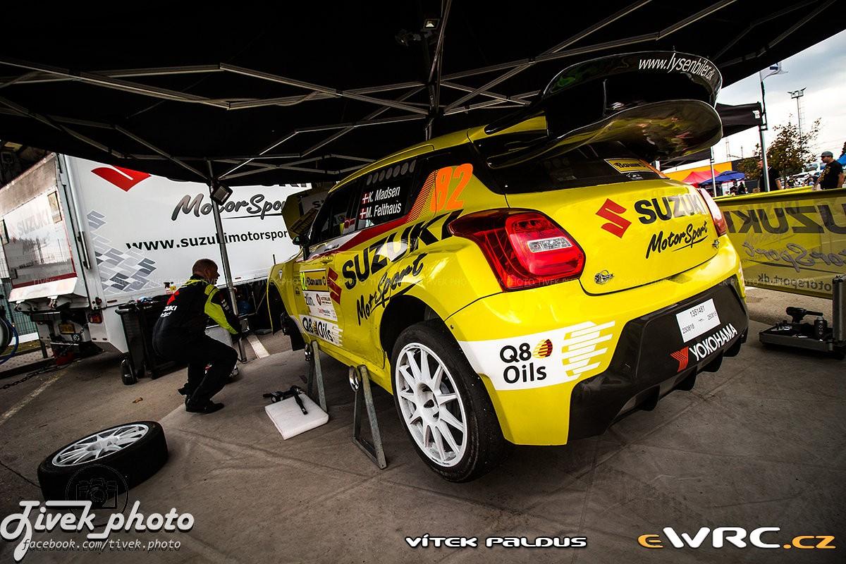 Kenneth Madsen / Mette Felthaus - Suzuki Swift Maxi 2000 Evo - © Vítek Paldus