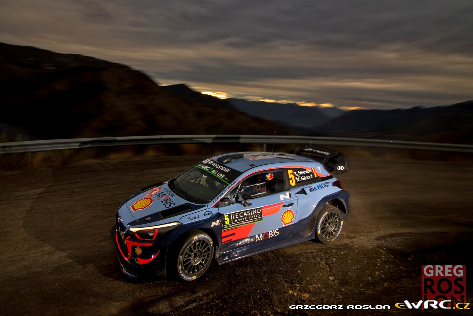 thierry neuville nicolas gilsoul hyundai i20 coupe wrc rallye automobile de monte carlo 2018. Black Bedroom Furniture Sets. Home Design Ideas