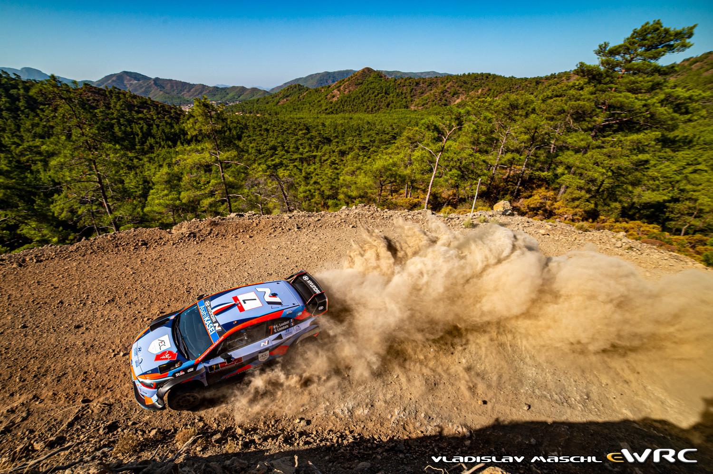 WRC: Marmaris Rally Turkey [18-20 Septiembre] - Página 2 Vms__dsc4209